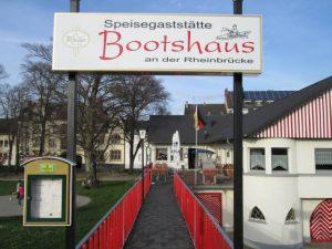 Eingang Gaststätte Bootshaus Neuwied